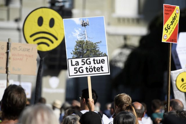 Мітинг проти 5G в Швейцарії