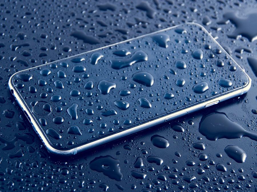телефон вода